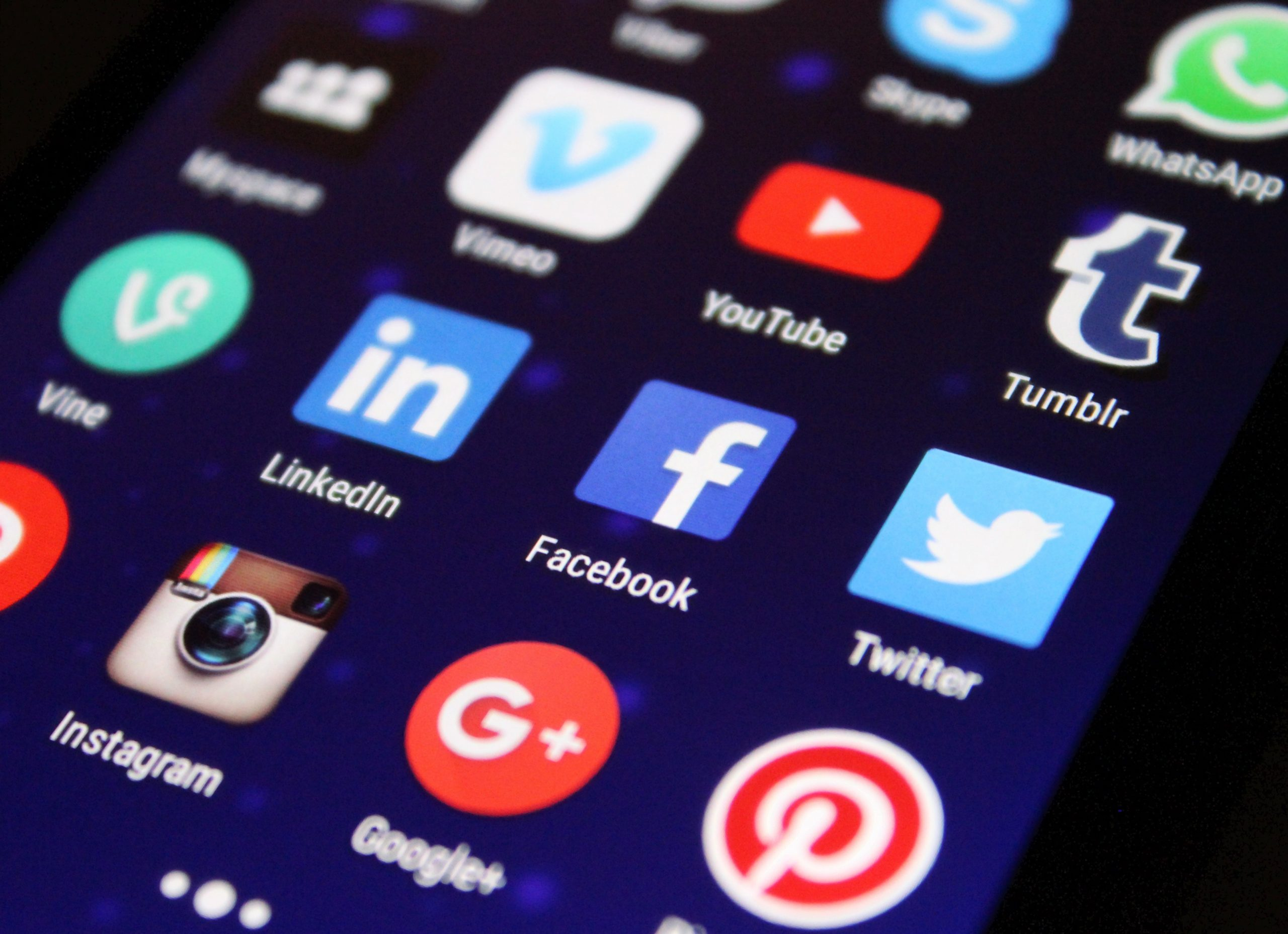 Colleges do look at your teens social media when they apply.